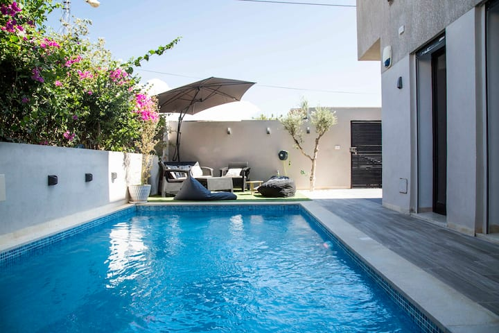 Amazing 3bd with swimming pool at Soukra