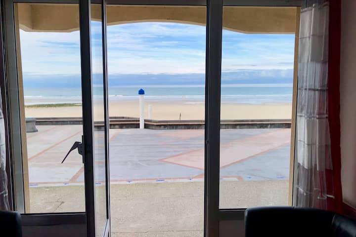 Appartement au rez de chaussée vue mer