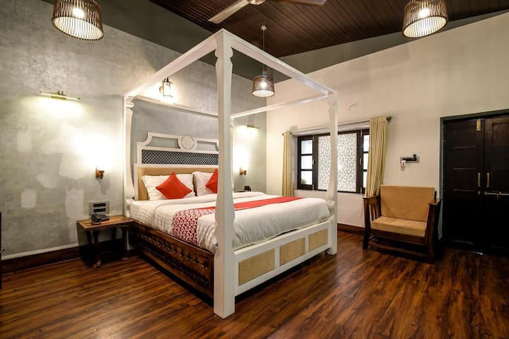 Four Bed Super Deluxe Room | Four B&B with amazing views at Mount Abu