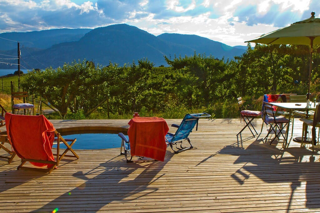Lounge on the deck with a glass of wine and take in the beautiful view of Lake Okanagan. Dip your toes in, or go full dunk into the sunken plunge pool.