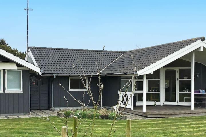 Cozy Holiday Home in Lolland Near Beach
