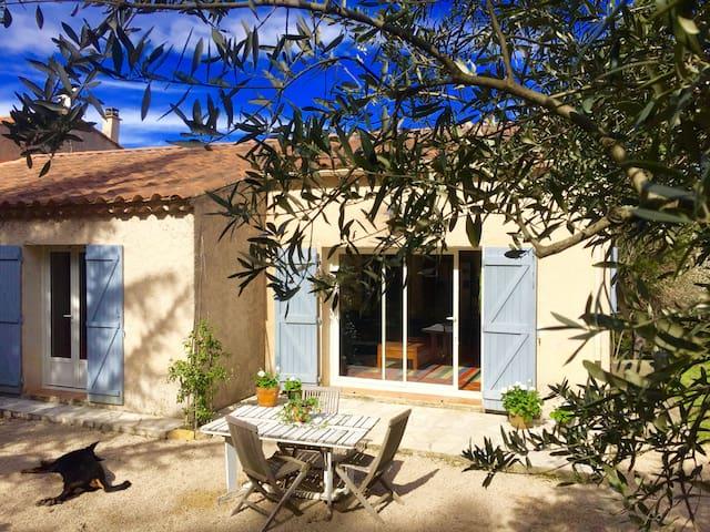 Provencale House in Trets, Aix-en-Provence region