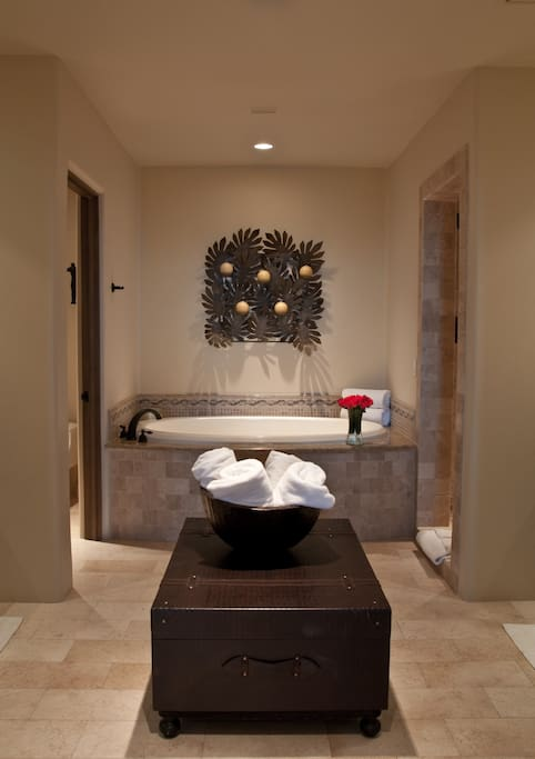 Jetted Tub in Spa-like Master Ensuite