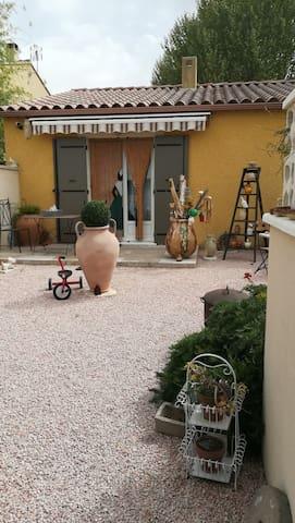 Une chambre en Vaucluse   pour visiter la région