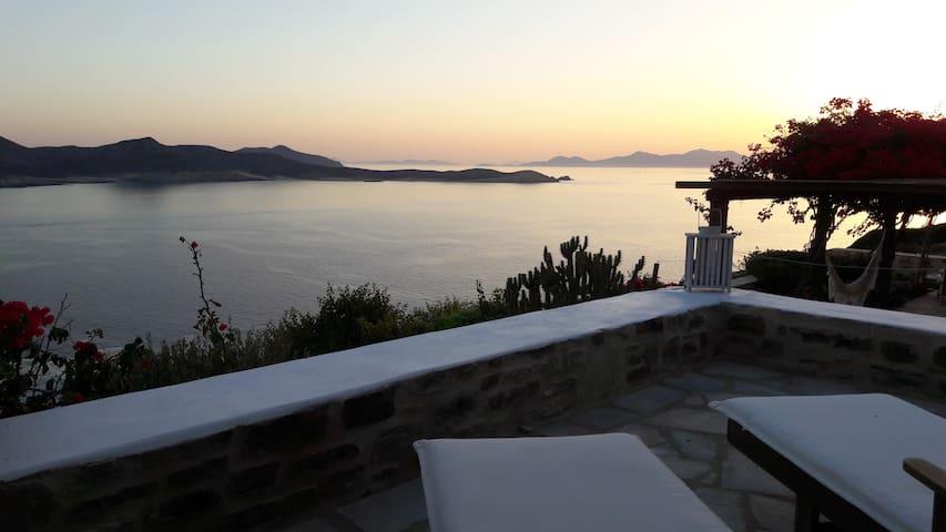 The sunset house- Antiparos