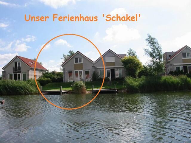 Ferienhaus 'Schakel' am IJsselmeer - Makkum