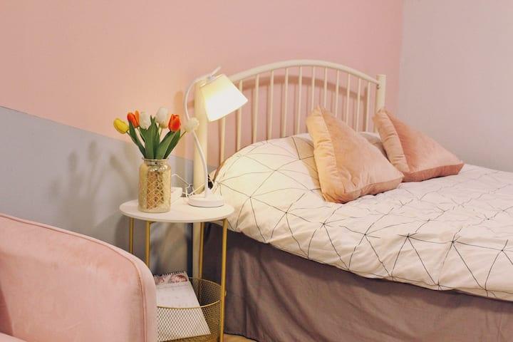 【Morii Home Pink咖啡民宿】翠湖公园/南屏步行街温馨大床