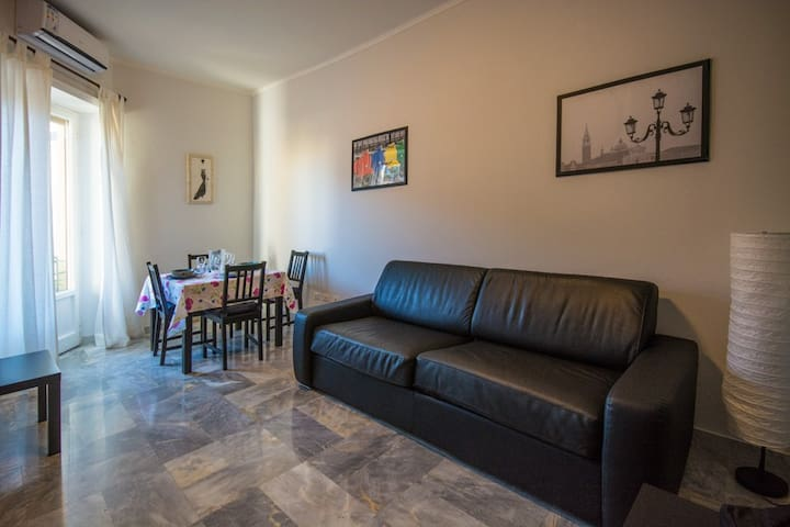 70 sqm flat next to the Vatican and the centre