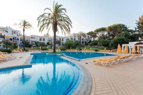 Alfagar Village - Apartamento T1 Vista Jardim