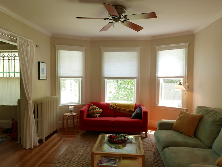 Serene Spacious 1 Bedroom Apt In West Cambridge Apartments For Rent In Cambridge