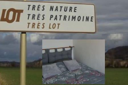 Chambre2 ds pied à terre près de Cahors historique - Cahors - Apartment