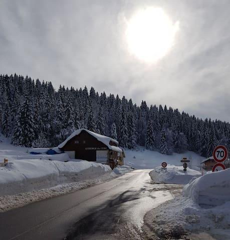 Chalet pour 15 personnes au pied des pistes de ski