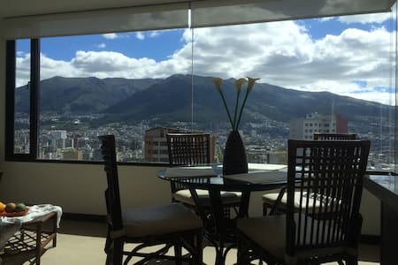 SUITE in QUITO - BEAUTIFUL VIEW - Pis