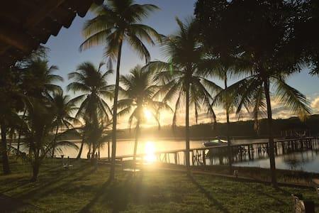 Reserva Minguito, venha curtir este paraíso! - Salvador - Bed & Breakfast