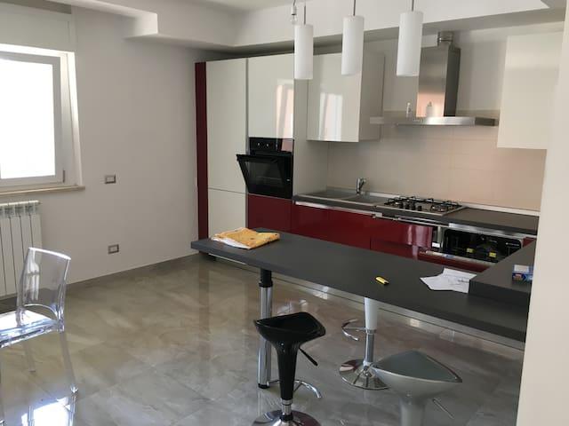 Affitto giornaliero e brevi soggiorni - Latina - Apartment
