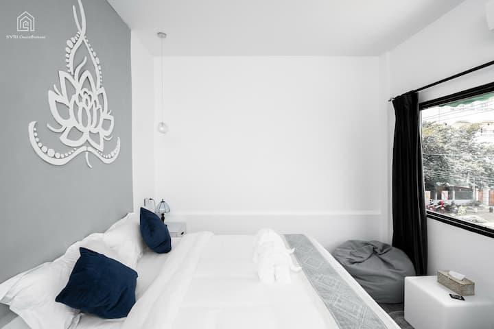 【SYRI Boutique Guesthouse】Nice Cozy /lazy sofa B2