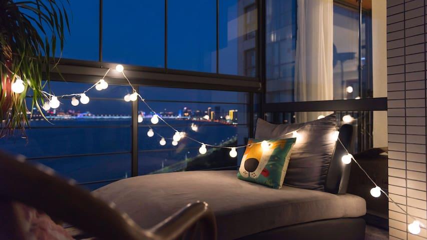 西湖钱塘江边看日出日落  这里听歌喝酒读书看渔船 - Hangzhou - Apartamento