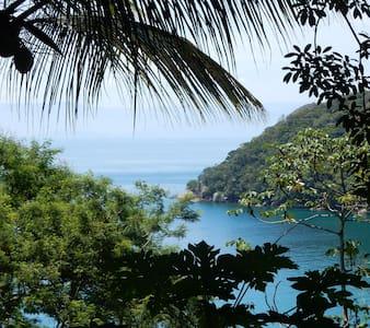 Chalé na Mata a 100m da praia - Ilha Grande - อังกรา ดอส เรอิส - กระท่อมบนภูเขา
