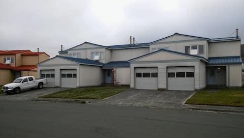 The Adak/Aleutian Experience-HUNTERS UNIT / 177-D