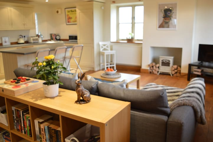 2 Storey Holiday Cottage in Tetbury, Cotwolds - Tetbury