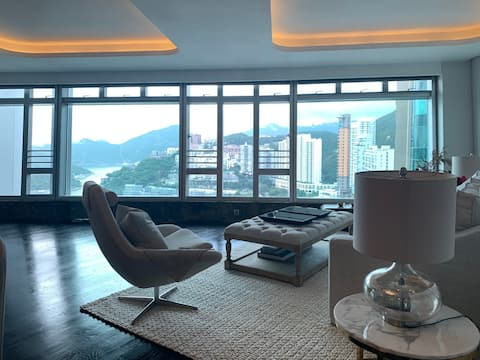 A Home Away from home -Repulse Bay