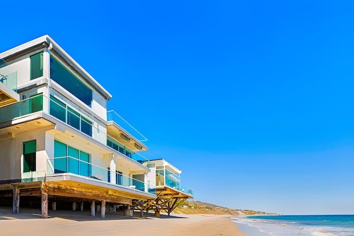 Oceanfront Celebrity: 115271 - マリブ - 別荘