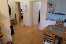 Central, comfortable flat; Walk to Trade Fair/ IAA