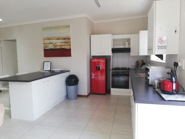 Walmer Downs, Large Self - Catering Accomodation