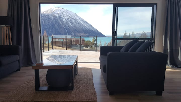 GreyStone Cedar House, Lake Ohau NZ (We're open!)