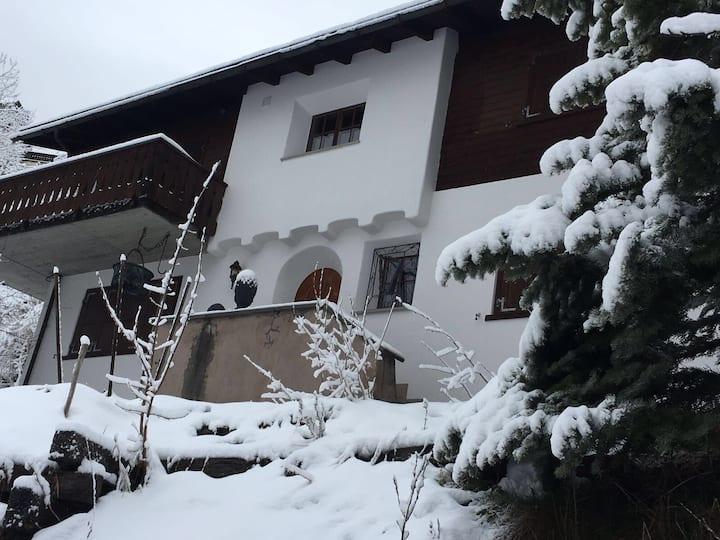 Charming Luxury Chalet Davos Wiesen