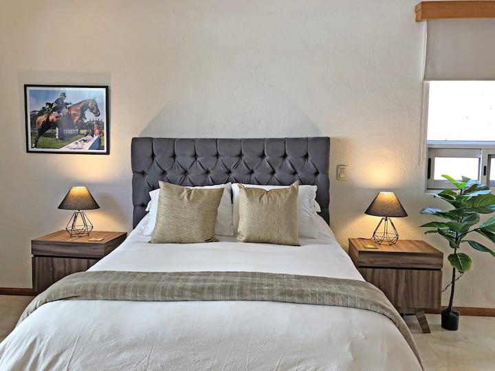 Hermosa suite con balcón y mezzanine en San Pedro
