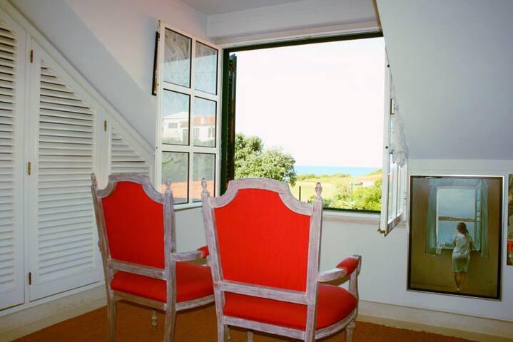 A Janela para as Azenhas do Mar - Colares - Apartamento