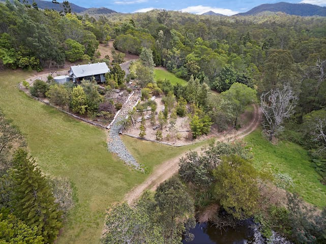 Self Contained Cottage Surrounded by native bush-W - Kobble Creek - Pension