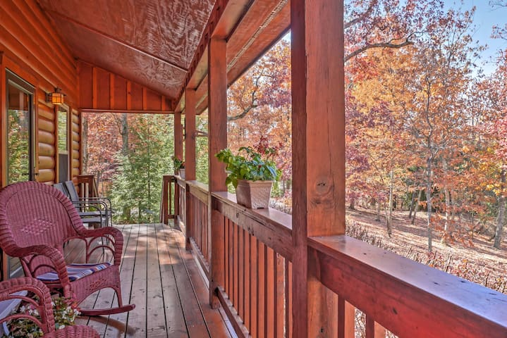NEW! Scenic 3BR Cabin w/Porch on Lookout Mountain! - Rising Fawn - กระท่อม