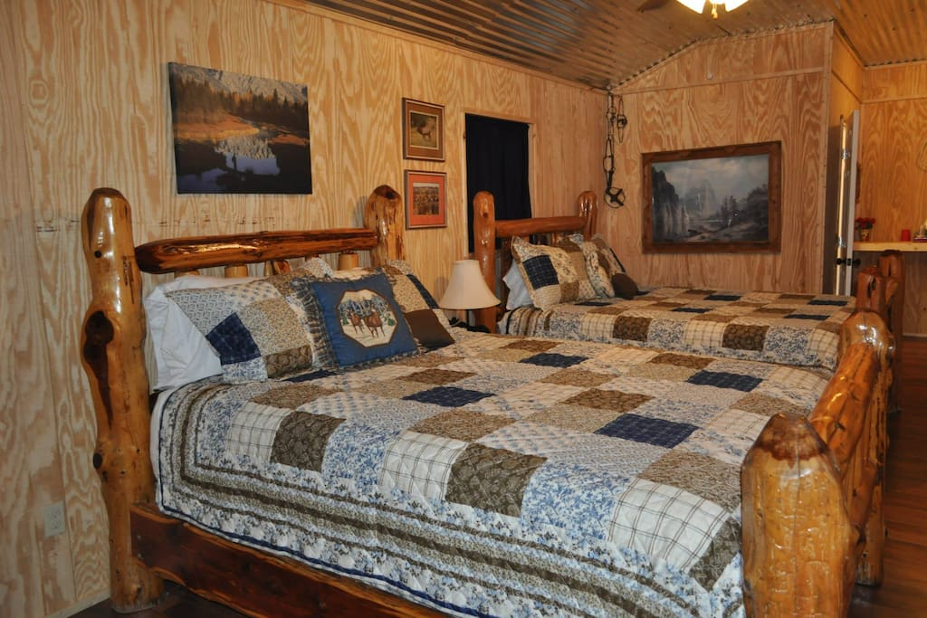 cabins chatrooms Come in tell us your story and see what can happen.