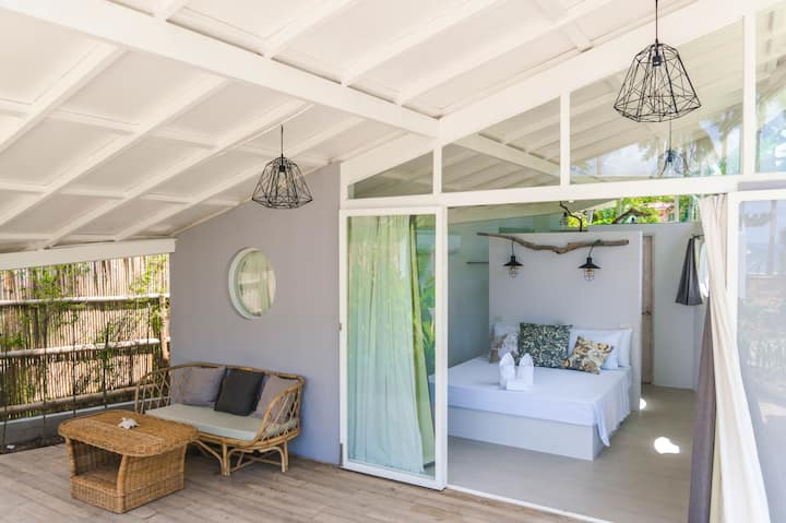 Calypso Beach Hotel Cadlao Room