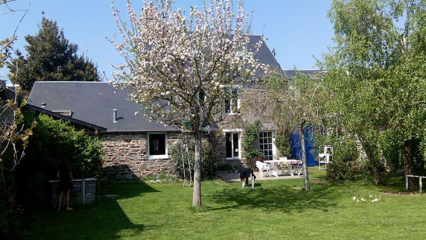 Amandine ou le paradis - Granville - Huis