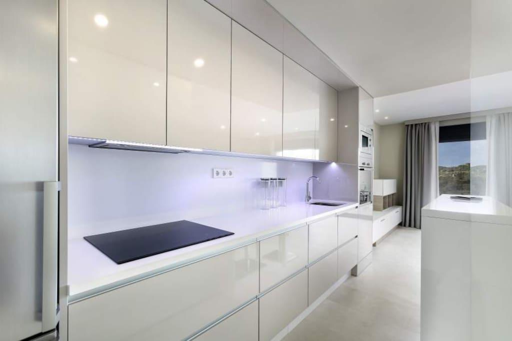 Küche mit Nesspresso Maschine