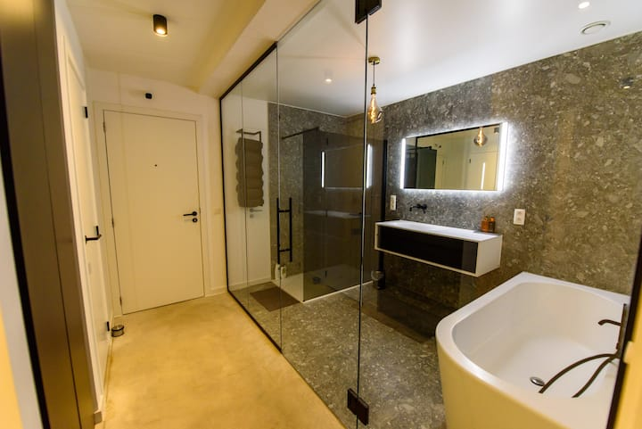 Luxe Penthouse op 5 min van Hasselt centrum.