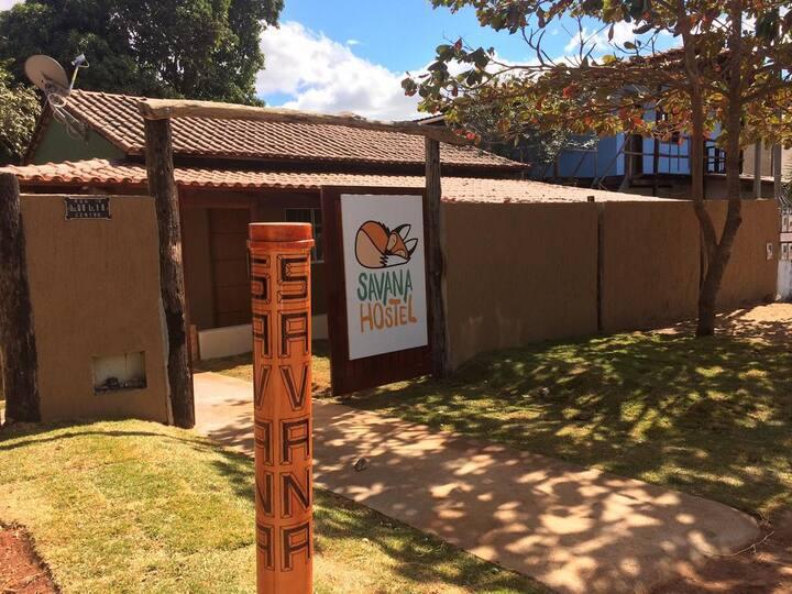Quarto Completo para 5 Pessoas - Savana Hostel