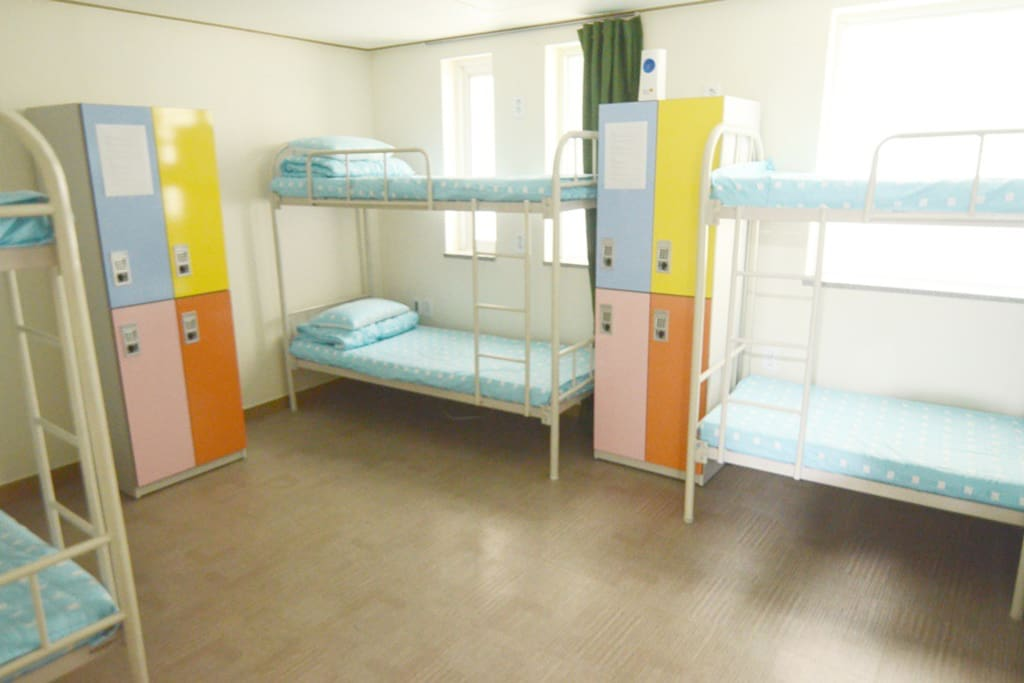 6Bed dormitory