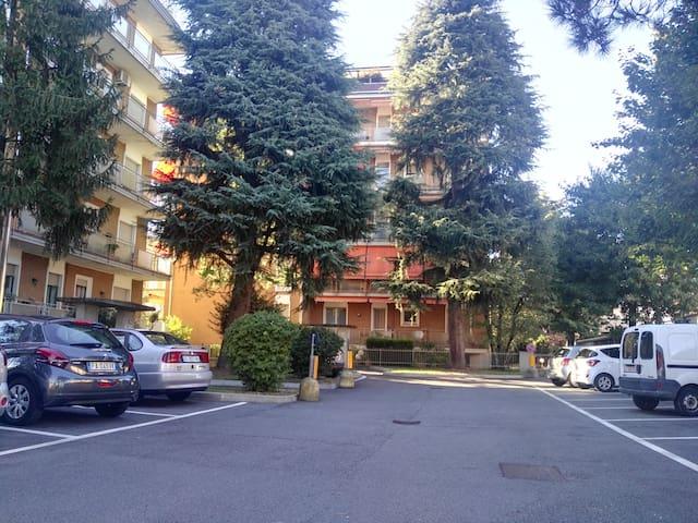 App. 2 locali posto macchina cond. - Castellanza - Apartment