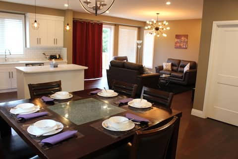 3 BR House- HOME AWAY FROM HOME