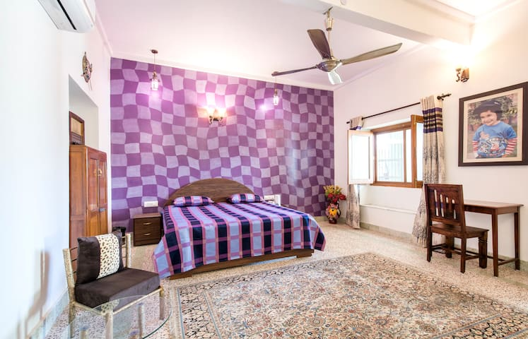 Vintage luxury, City Centre(3) !! - Jaipur - House