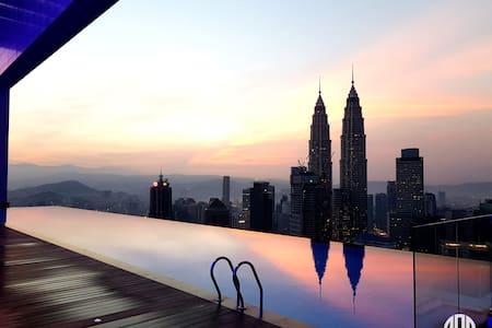 Face Platinum - on the top of Kuala Lumpur! - Kuala Lumpur