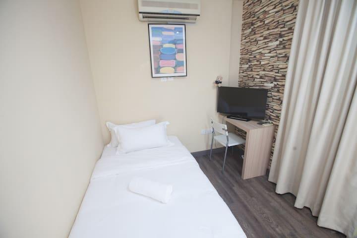 Natol Motel - L.A (Single Room)