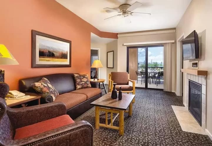 1 BD West Yellowstone Condominium