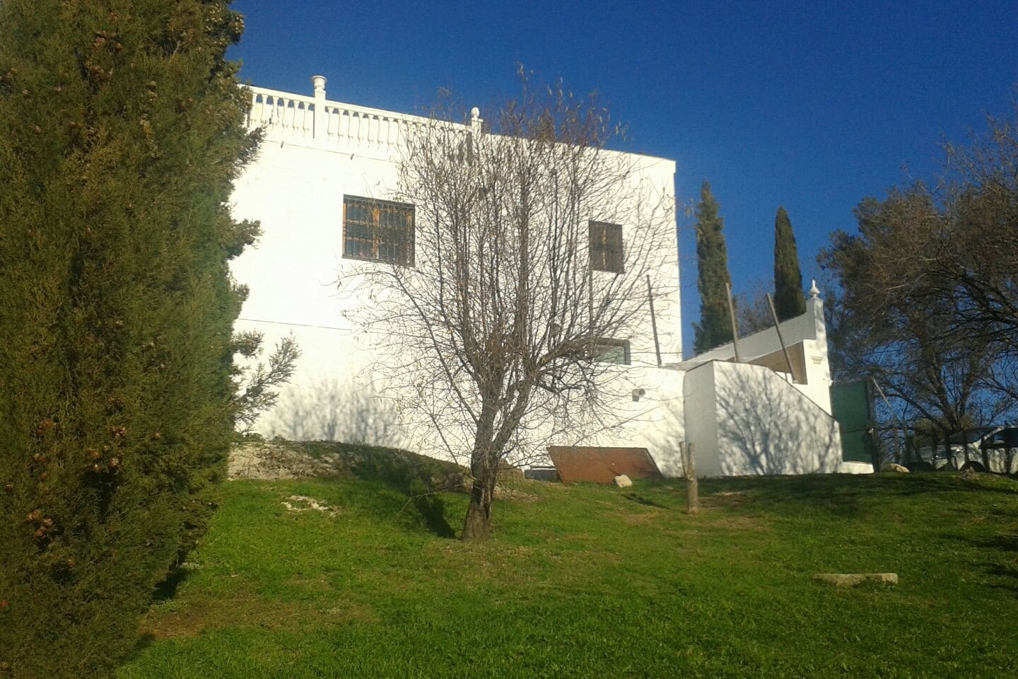 Casa as Lunas traditional white rustic  villa set in mountains and olive groves