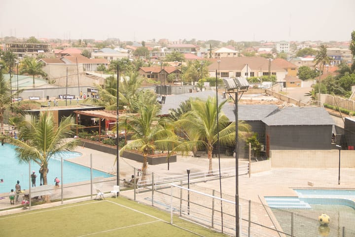 Accra : 2-Bed Apartment with Pool and Gym (F8) - Accra - Byt