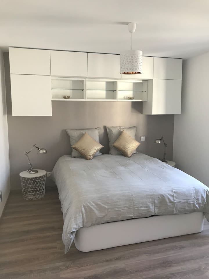 Cosy bedroom for 2